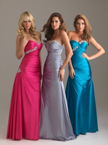Mermaid Satinabendkleid Schleppe